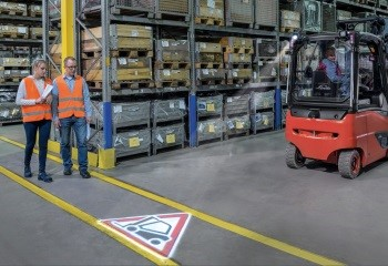 Forklift ve Yaya İkaz İşaret Projektörü Logo